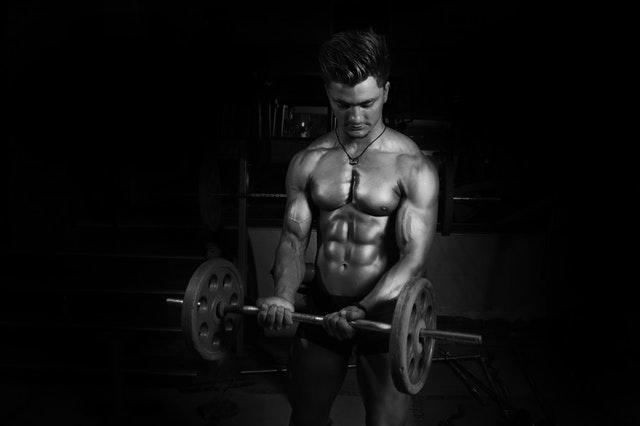Bei unter 18 Prozent Körperfett treten Ihre Blutgefäße hervor - Jetzt Körperfett reduzieren